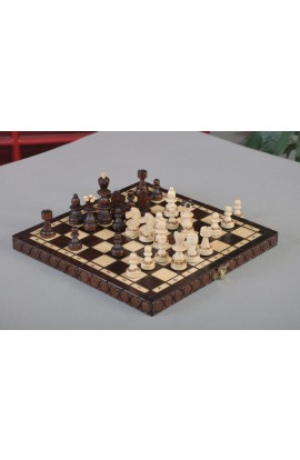 IMPERFECT - The Small Pearl Wooden Chess Set - BROWN